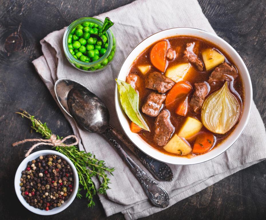 Ensopado de Carne com Legumes